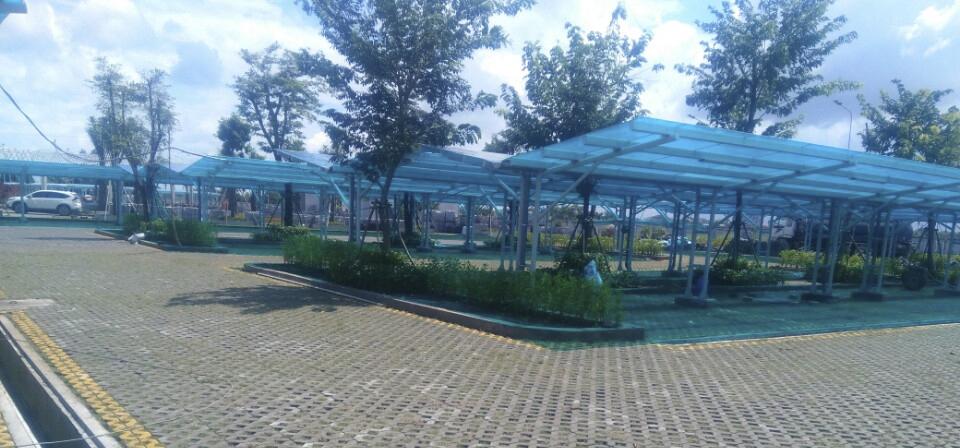 Công trình mái che nhà để xe poly
